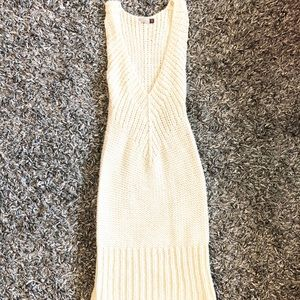 ARITZIA WILFRED THICK CABLEKNIT DRESS CREAM